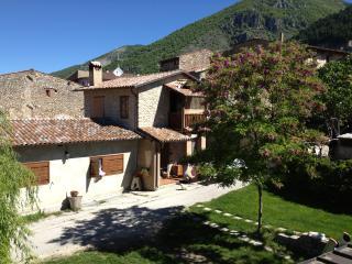 Abruzzo, L'Aquila, Gran Sasso, Amiternum, Coppito - Barete vacation rentals