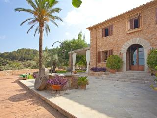Nice Mancor de la Vall House rental with Internet Access - Mancor de la Vall vacation rentals