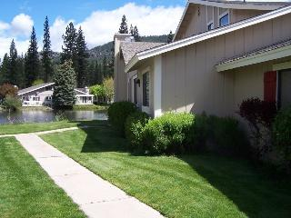 #29 ASPEN On the Pond! $225.00-$260.00 BASED ON FOUR PERSON OCCUPANCY AND NUMBER OF NIGHTS. (plus county tax, SDI, and processing fee) - Graeagle vacation rentals