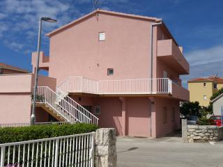 Apartments Helena Okrug Gornji - Okrug Gornji vacation rentals