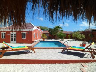 ARUBA JEWEL, simple elegance & relaxed atmosphere - Paradera vacation rentals