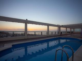Modern 1 bedroom apt in Palm Mar with ocean view. - Palm-Mar vacation rentals