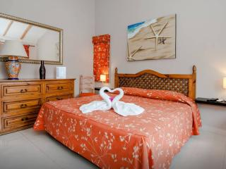 Executive Room E8 B&B Dolce Vita Caribe - Playa del Carmen vacation rentals