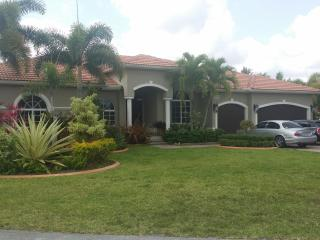 This private guest house is perfect for two people - Coconut Grove vacation rentals