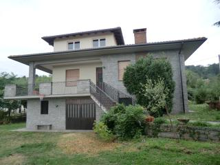 Nice Penthouse with Internet Access and Television - Nebbiuno vacation rentals