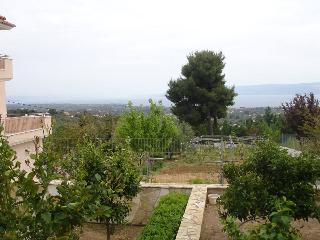 Comfortable 2 bedroom House in Eretria - Eretria vacation rentals