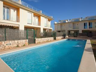 Semidetached house with shared pool in Alcudia L52 - Alcudia vacation rentals