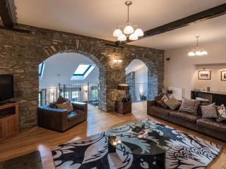Luxury 5* self catering properties in Kenmore - Kenmore vacation rentals