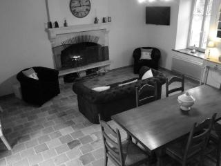 Nice House with Internet Access and Dishwasher - Brulon vacation rentals