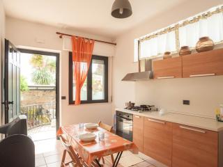 Bilocale climatizzato - Roseto Degli Abruzzi vacation rentals