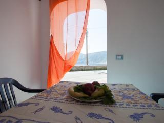 STELLA DEL MATTINO - VIOLA - Canneto di Lipari vacation rentals