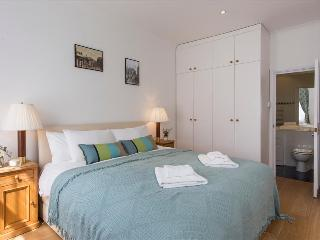 Cosy 3BR Garden Flat in Chelsea - London vacation rentals