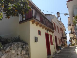 Nafplio Old Town, Cozy TraditionaI House - Nauplion vacation rentals
