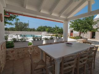 CASETTE PRICCI - Casetta Rosmarino - Castellana Grotte vacation rentals