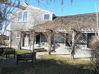 4 Bedroom 4 Bathroom Vacation Rental in Nantucket that sleeps 8 -(10141) - Iola vacation rentals