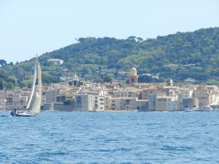 VAR  Marines de Cogolin , Golfe de St  Tropez - Port Cogolin vacation rentals