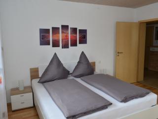 Modern eingerichtete 95 qm Ferienwohnung - Landsberg am Lech vacation rentals