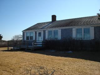 Cozy 3 bedroom House in Nantucket with Deck - Nantucket vacation rentals