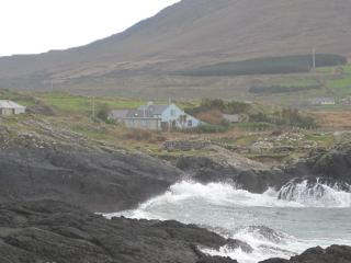 Wonderful 4 bedroom Eyeries Cottage with Internet Access - Eyeries vacation rentals