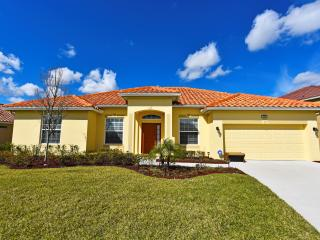 Solterra Resort 4Bed Pool Home w/ GmRm Frm $130nt - Orlando vacation rentals