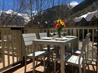 Modern Telluride Townhouse! In Town, Deck, Views, Walk to Chair 7 - Telluride vacation rentals