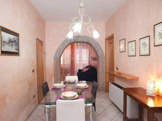 Casa Vacanze - Pieno Centro Storico - Cagliari vacation rentals