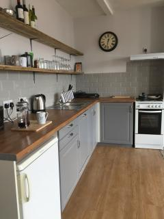 Gorgeous flat - newly decorated, close to beach - Folkestone vacation rentals