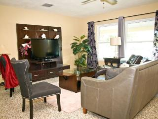 Charming House with Internet Access and A/C - Altamonte Springs vacation rentals