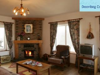Bright Cottage with Game Room and Ping Pong Table - Doonbeg vacation rentals