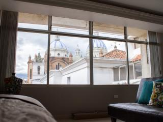 Beautiful Cuenca Studio rental with Internet Access - Cuenca vacation rentals
