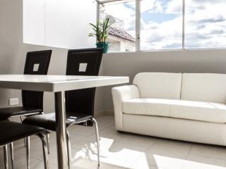 Beautiful 2 bedroom apartment. - Cuenca vacation rentals
