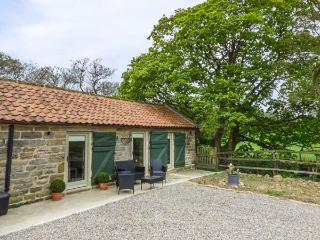 OWL COTTAGE all ground floor, on working farm in Helmsley Ref 931157 - Helmsley vacation rentals