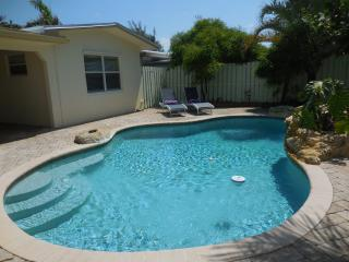 2 bedroom House with Internet Access in Wilton Manors - Wilton Manors vacation rentals