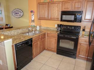 Beautiful Condo with Internet Access and Dishwasher - Panama City Beach vacation rentals
