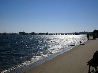 2 BR East End Unit - Walk to Town & Beach! - Provincetown vacation rentals