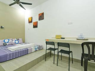 Bright 4 bedroom House in Melaka - Melaka vacation rentals