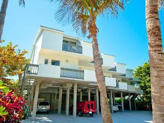 2 bedroom Condo with Deck in Holmes Beach - Holmes Beach vacation rentals