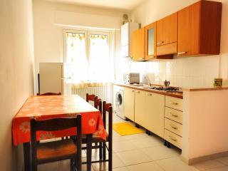 Trilocale a Roseto - Two-bedroom apartment - Roseto Degli Abruzzi vacation rentals