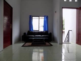 3 bedroom B&B with A/C in Medan - Medan vacation rentals