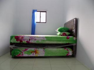 3 bedroom Bed and Breakfast with A/C in Medan - Medan vacation rentals
