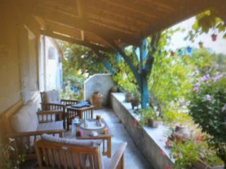 Nice Cottage with Internet Access and Satellite Or Cable TV - Castella vacation rentals