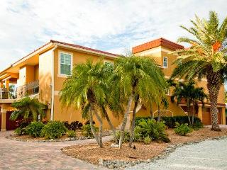 My Sisters Beach House ~ RA44276 - Anna Maria vacation rentals
