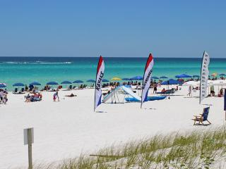 Comfortable 3 bedroom Miramar Beach Apartment with Parking - Miramar Beach vacation rentals