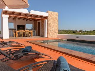 Beautiful 3 bedroom Vacation Rental in Santa Gertrudis - Santa Gertrudis vacation rentals