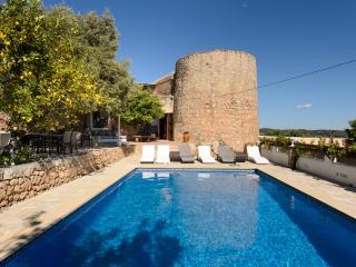 Spacious Sant Antoni de Portmany vacation Villa with Parking - Sant Antoni de Portmany vacation rentals