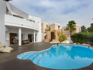 Nice Villa with Internet Access and A/C - Ibiza Town vacation rentals