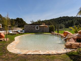 2 bedroom Villa with Internet Access in Es Codolar - Es Codolar vacation rentals