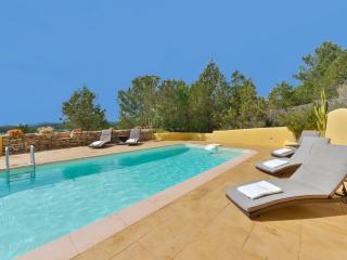 Wonderful 4 bedroom Villa in Sant Antoni de Portmany - Sant Antoni de Portmany vacation rentals