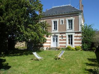 Beautiful 4 bedroom Sarge-sur-Braye House with Television - Sarge-sur-Braye vacation rentals