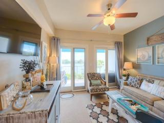 Gorgeous Condo with Hot Tub and Shared Outdoor Pool - Panama City Beach vacation rentals